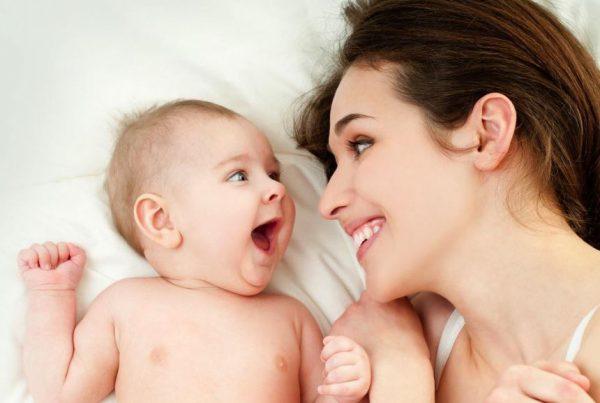 Tầm quan trọng nuôi con bằng sữa mẹ