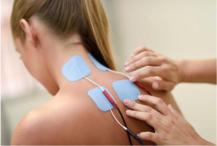 Trị liệu điện xung có tác dụng giảm đau rất tốt